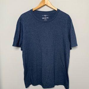 Like New! T-Shirt!
